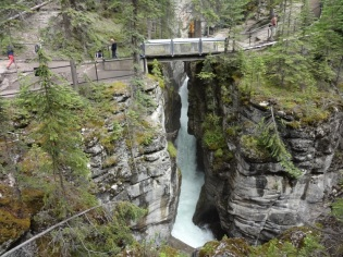 Maligne Canyon Hike 5501